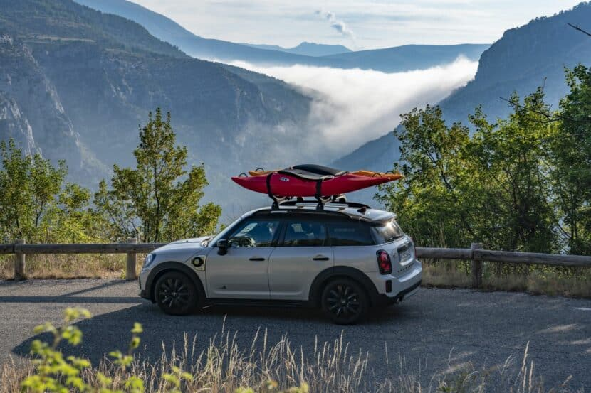 Mini Cooper SE Countryman 3 830x553