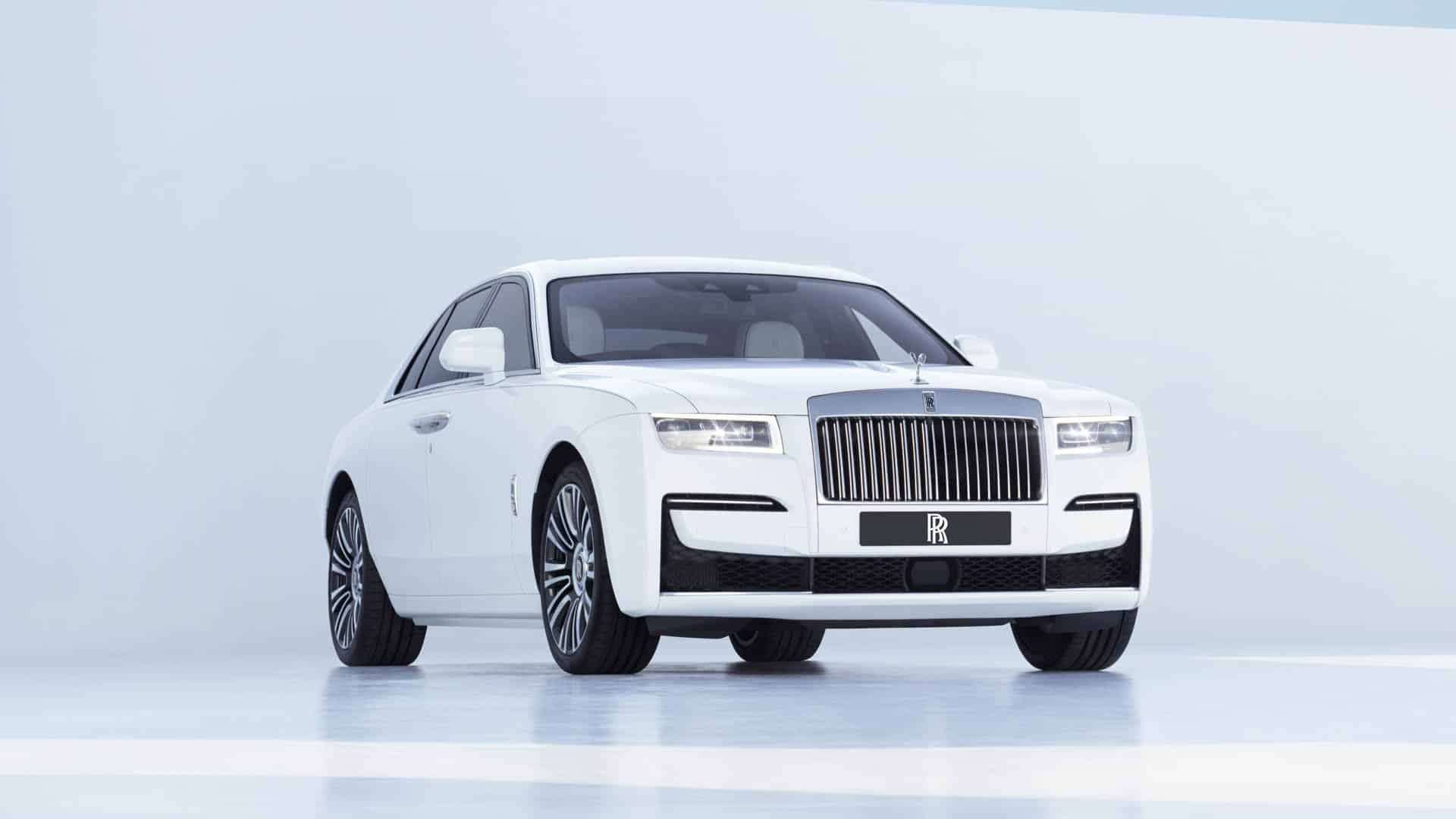 Rolls Royce Ghost Comparison 3