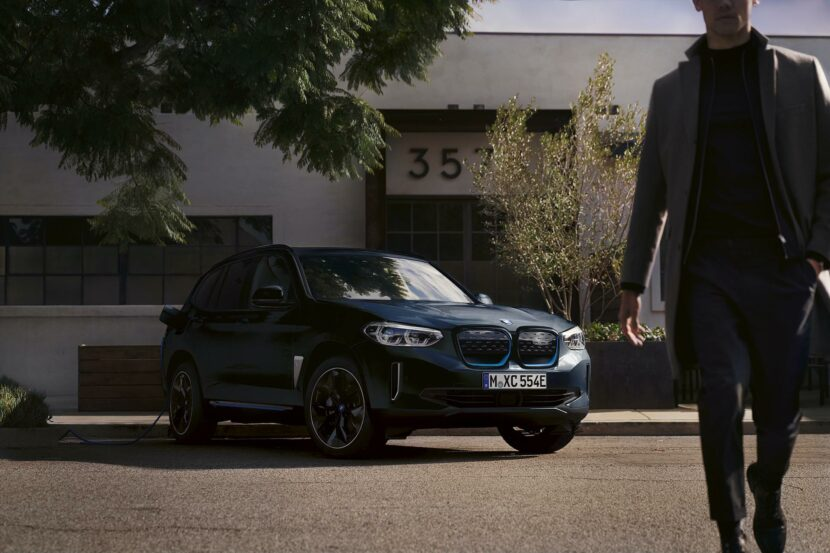 bmw ix3 carbon black 12 830x553