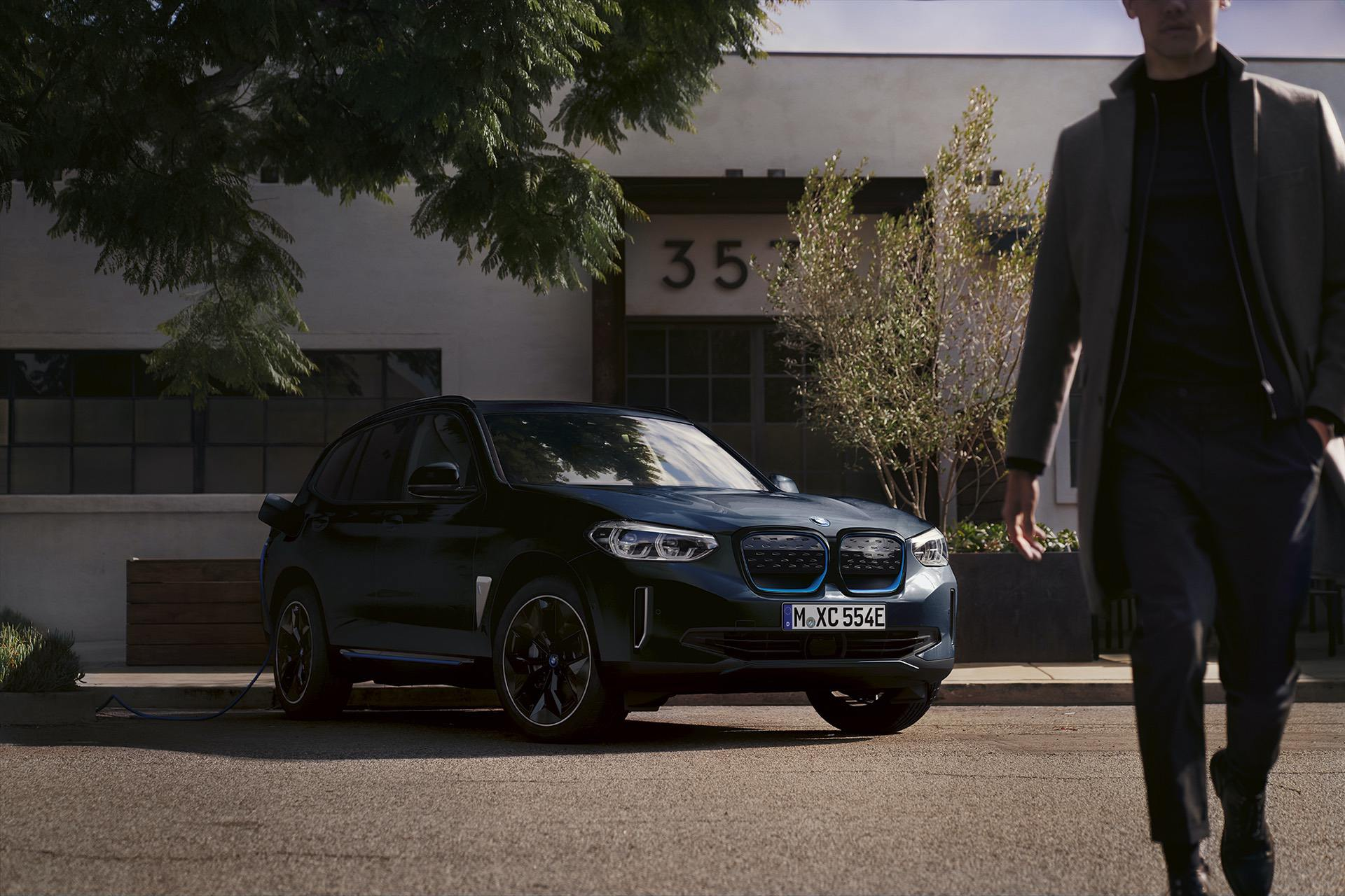 bmw ix3 carbon black 12