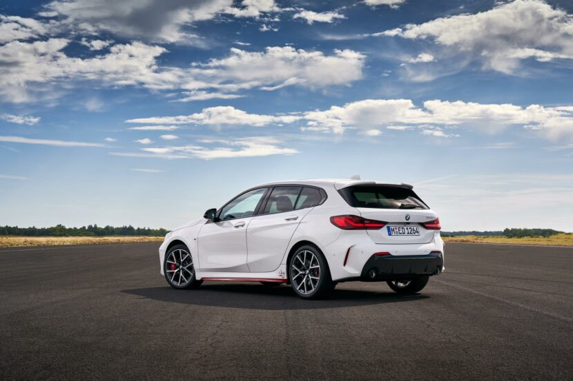 2021 BMW 128ti 22 830x553
