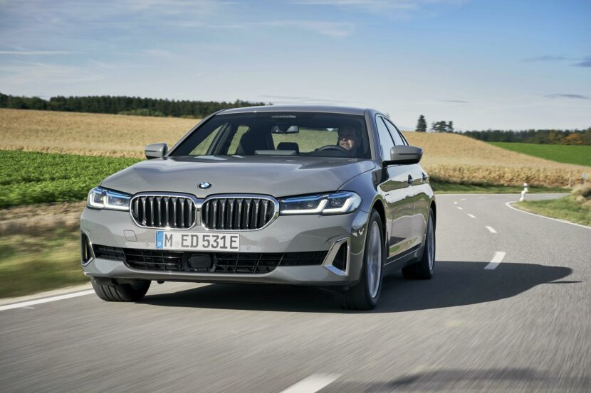 2021 bmw 530e facelift sedan 30 830x553