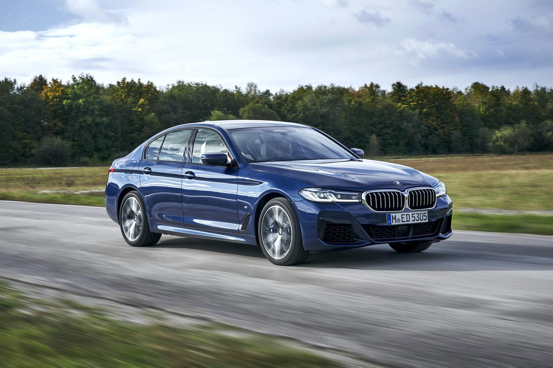 2021 bmw 540i facelift 33