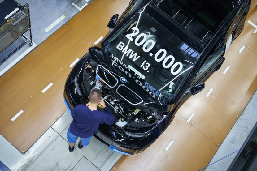 P90404271 highRes 200 000 bmw i3 produ 830x553