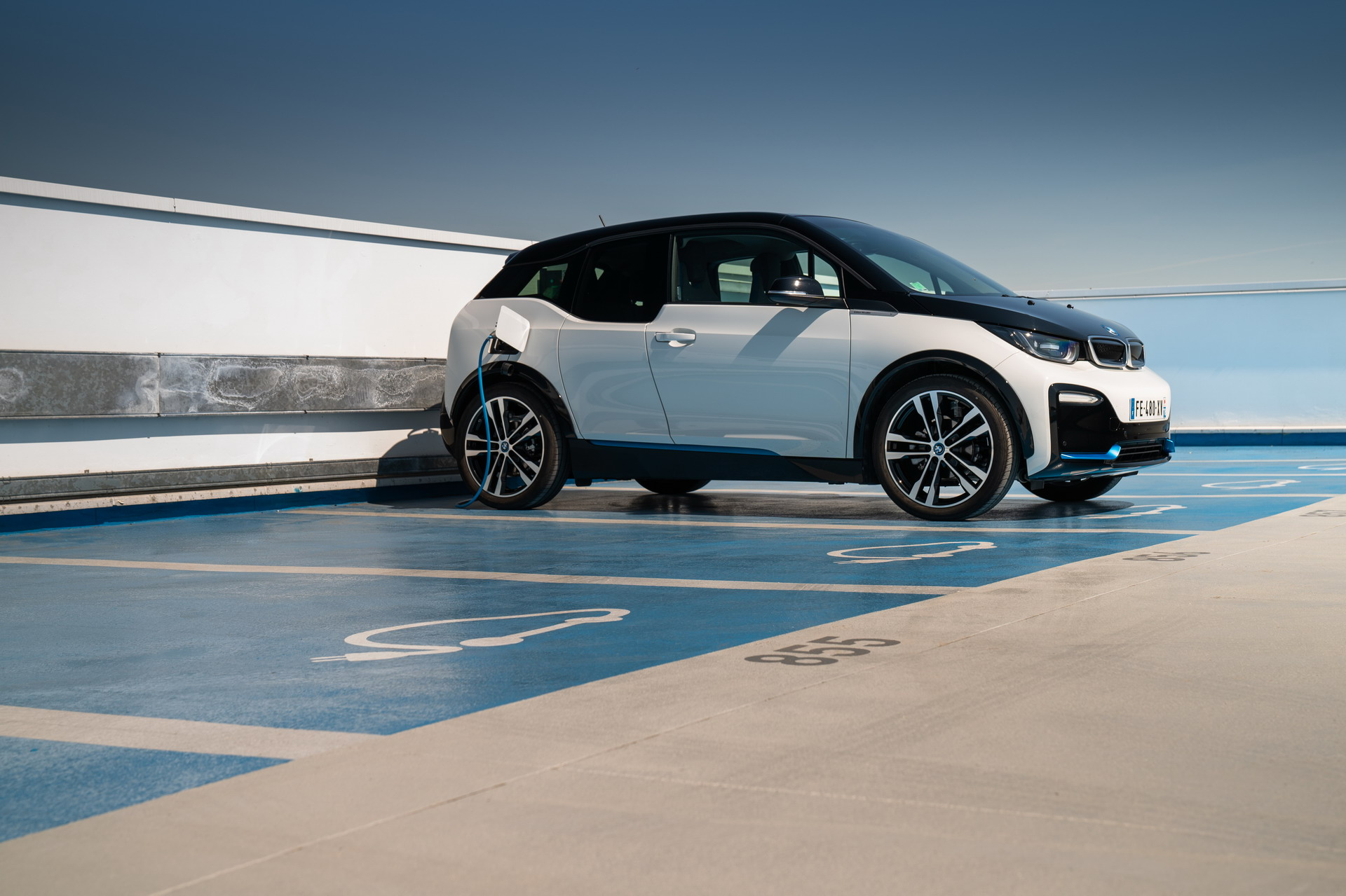 The new BMW i3 and i3s Edition WindMill 60