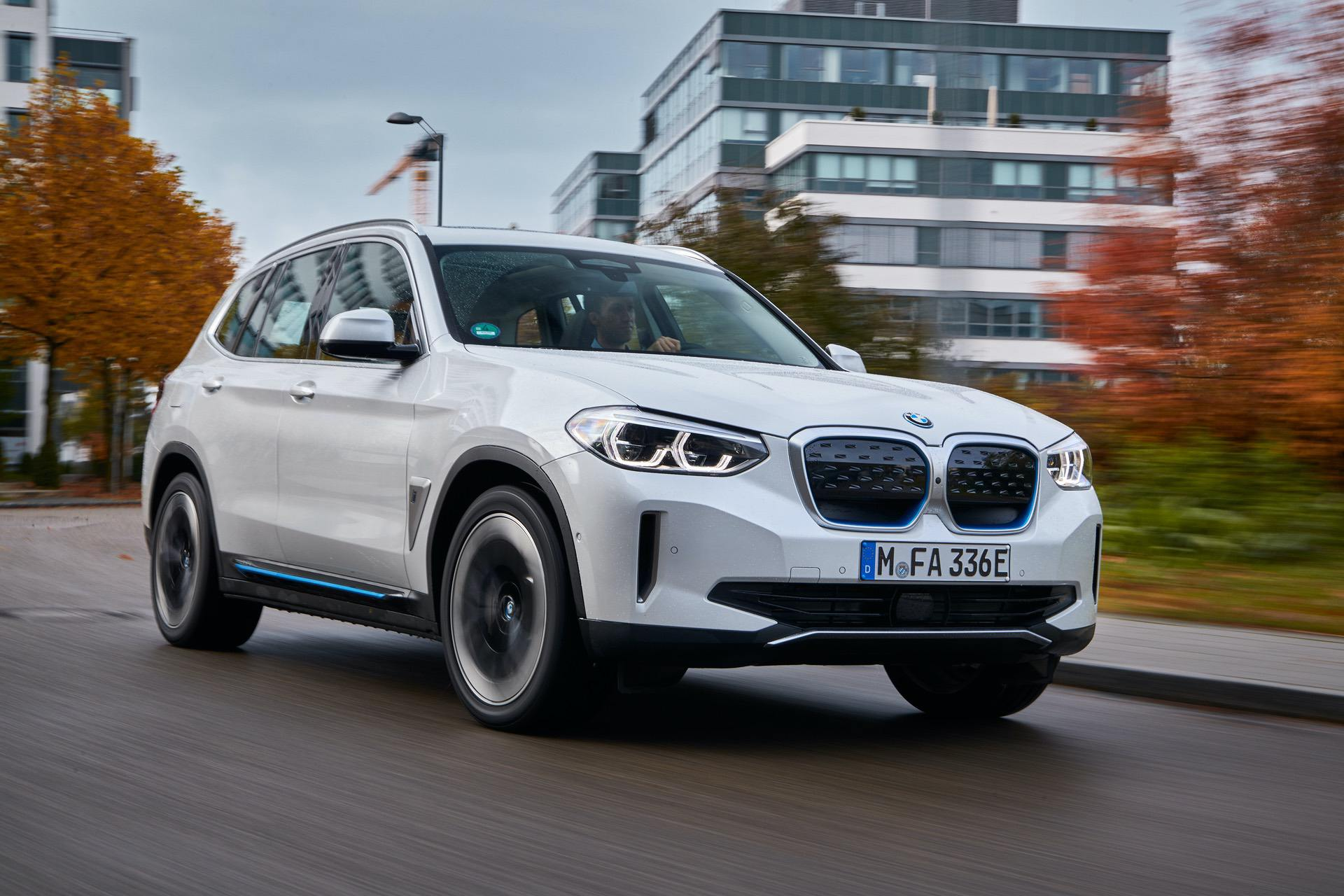 2021 bmw ix3 test drive review 09