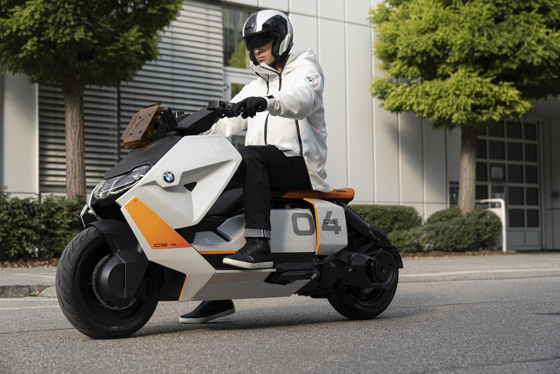 BMW Motorrad Definition CE 04 33