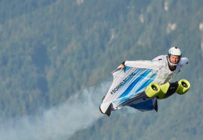 BMW i Designworks Wingsuit 6 830x573