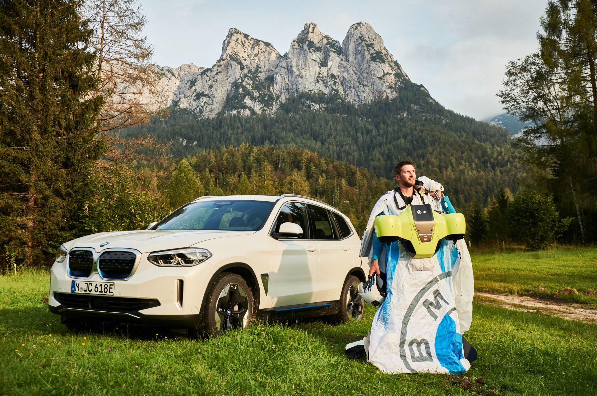 BMW i Designworks Wingsuit 8