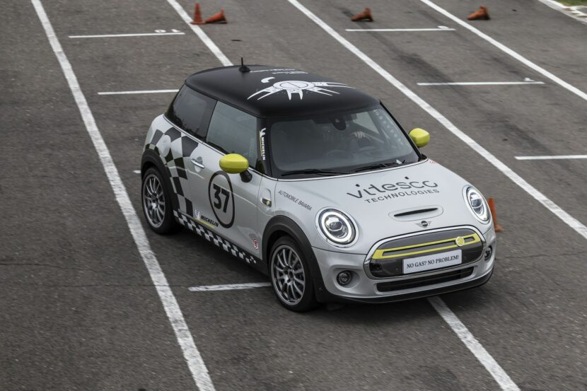 MINI Electric Racing Car 33 830x553