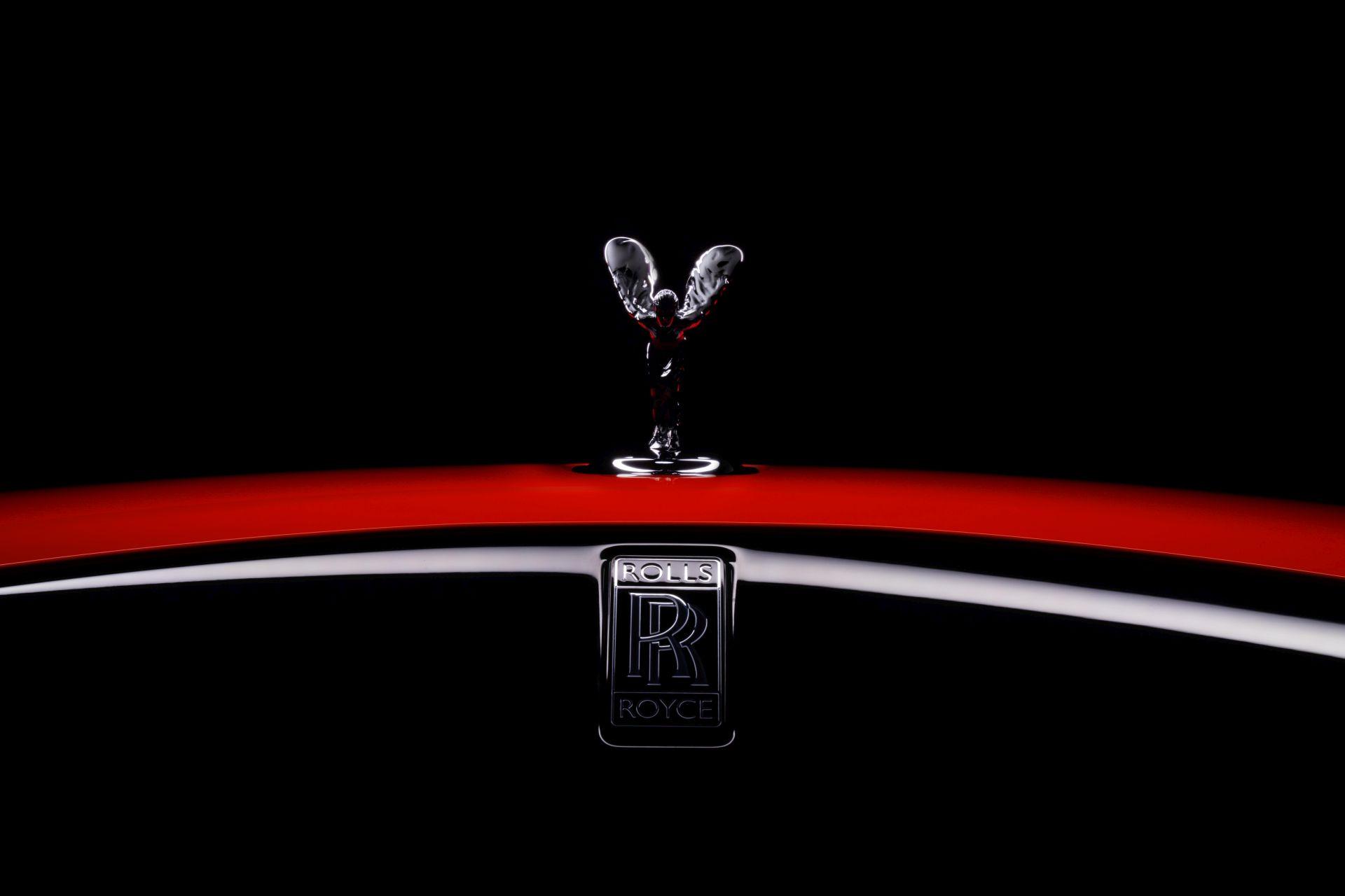 Rolls royce black badge neon nights 1