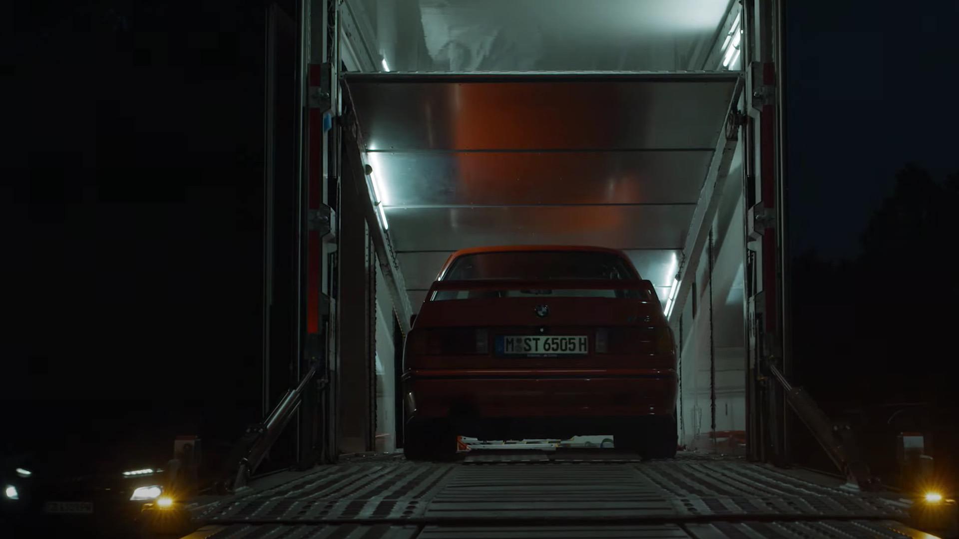 BMW X8M teaser 00