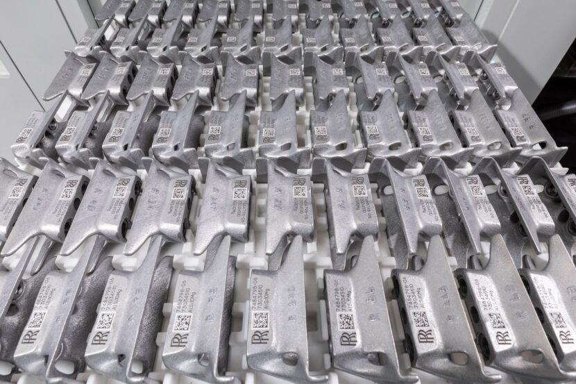 P90410160 highRes metal component prod 830x553