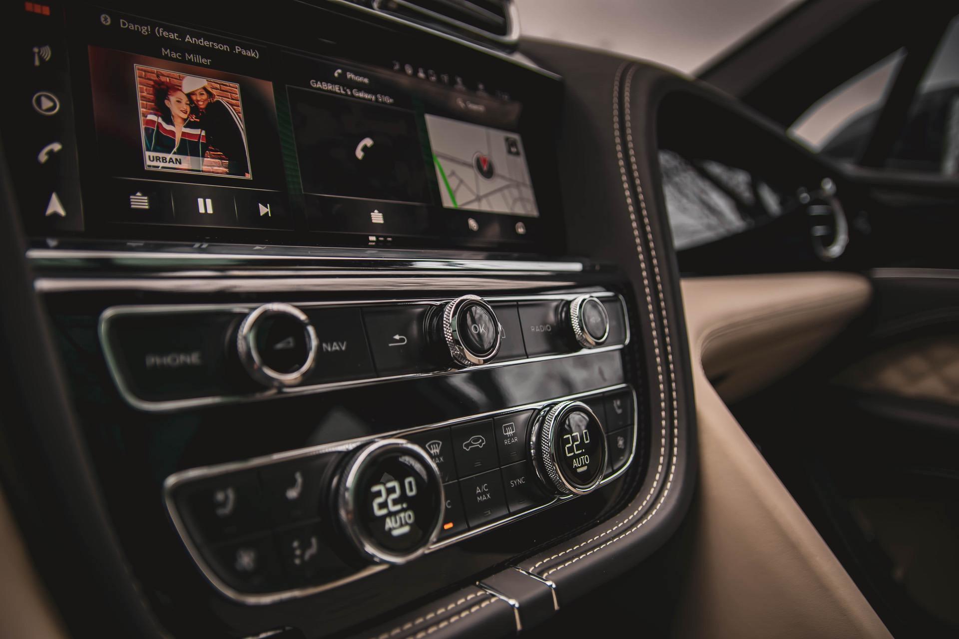 Test Drive 2020 Bentley Bentayga Trailblazer Refreshed