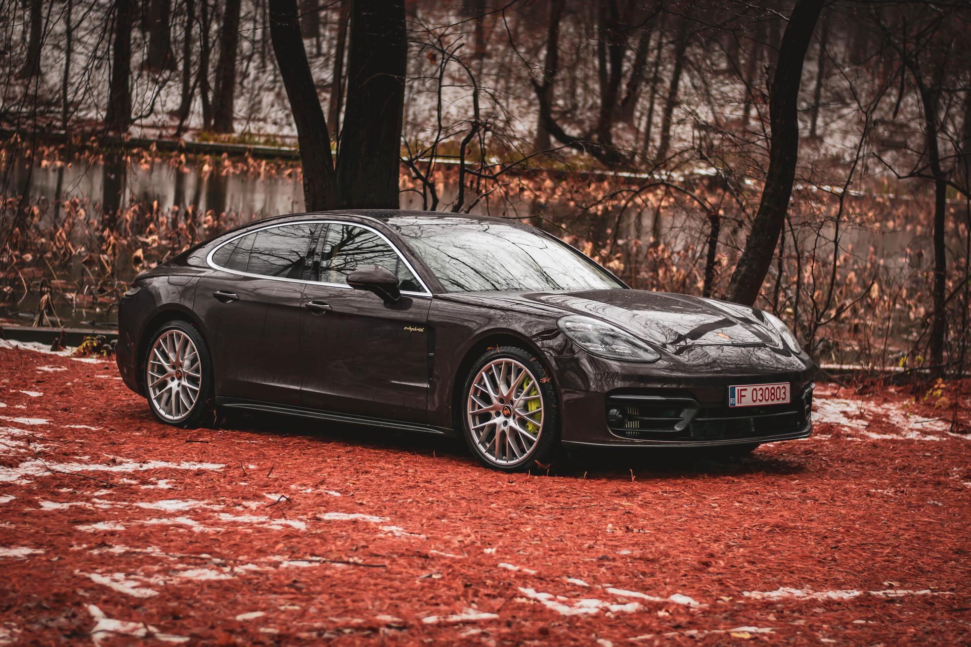 2021 Porsche Panamera 4S E Hybrid test drive 82