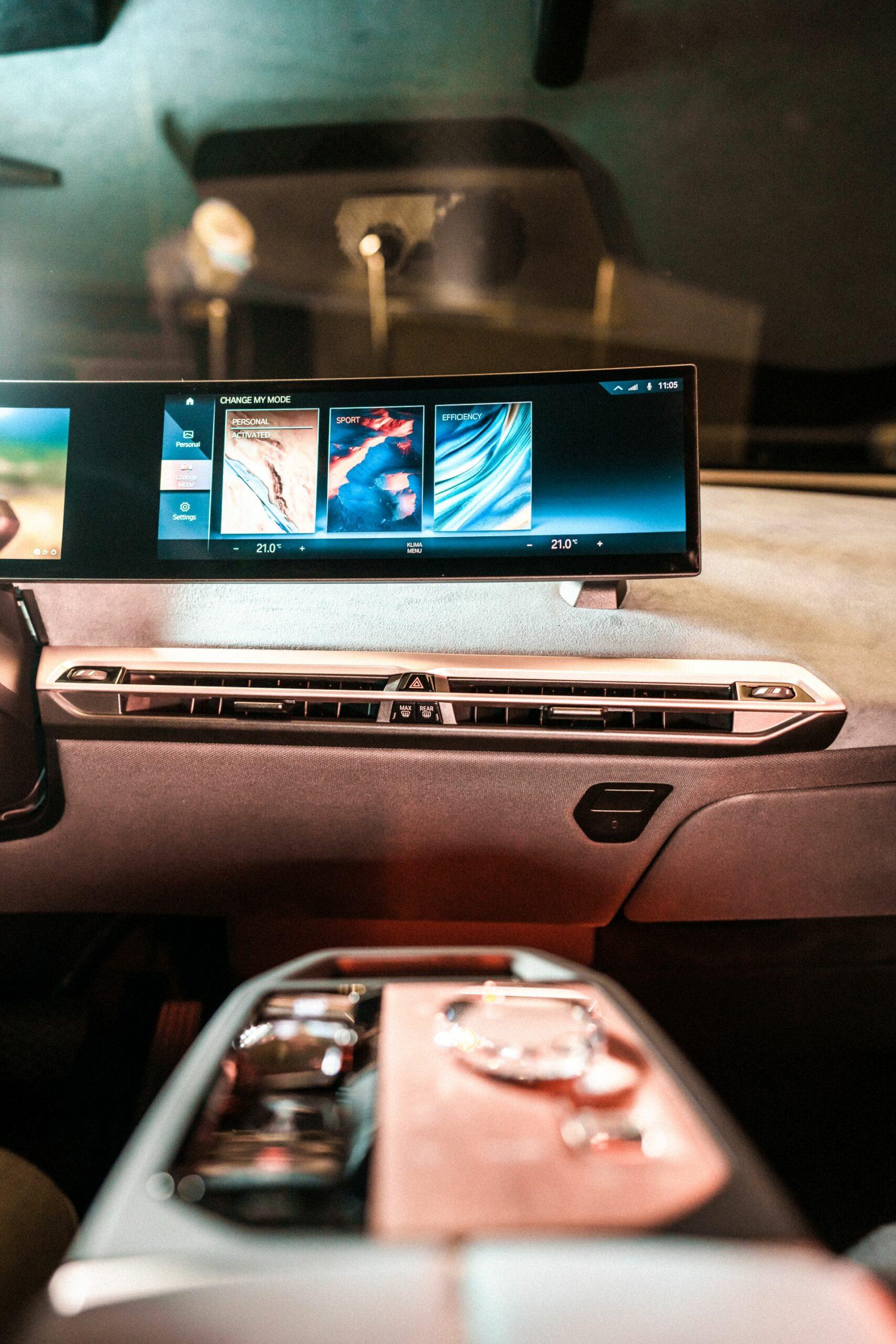 BMW iDrive CES 2021 8 scaled