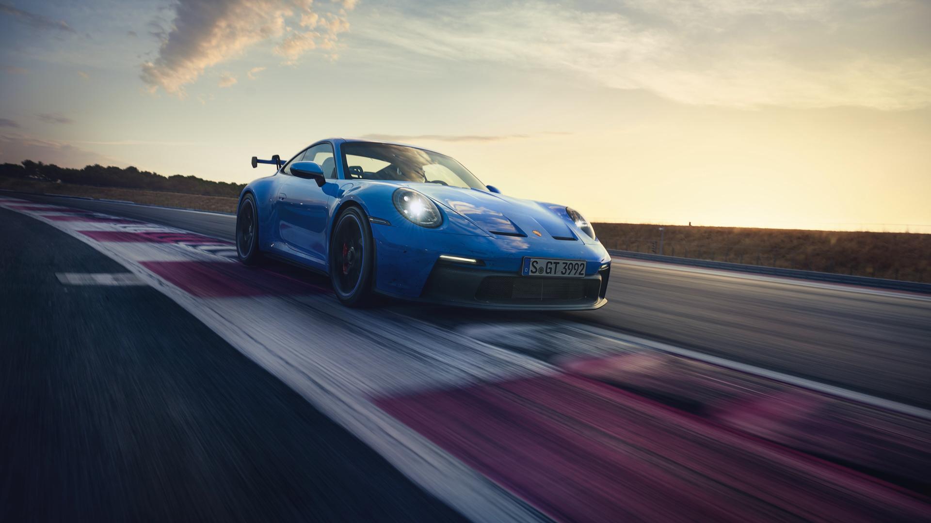 Porsche 911 GT3 15 of 20