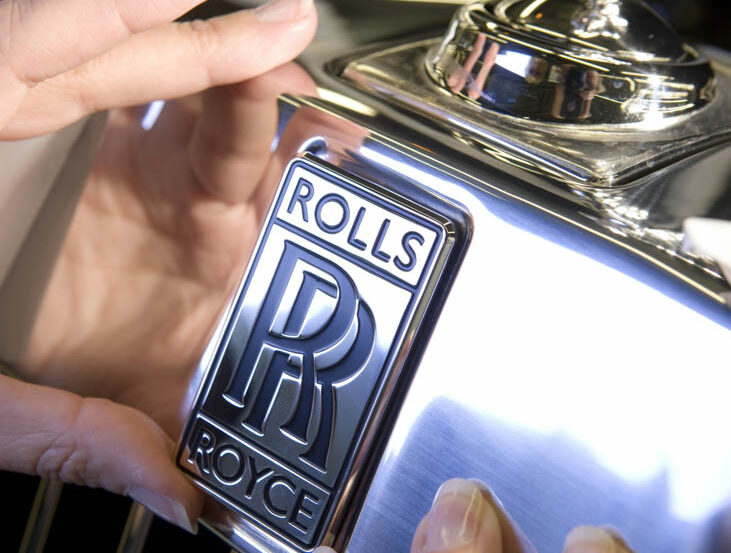 Video: How much rust can a 50-year old, £4k Rolls-Royce Shadow hide?