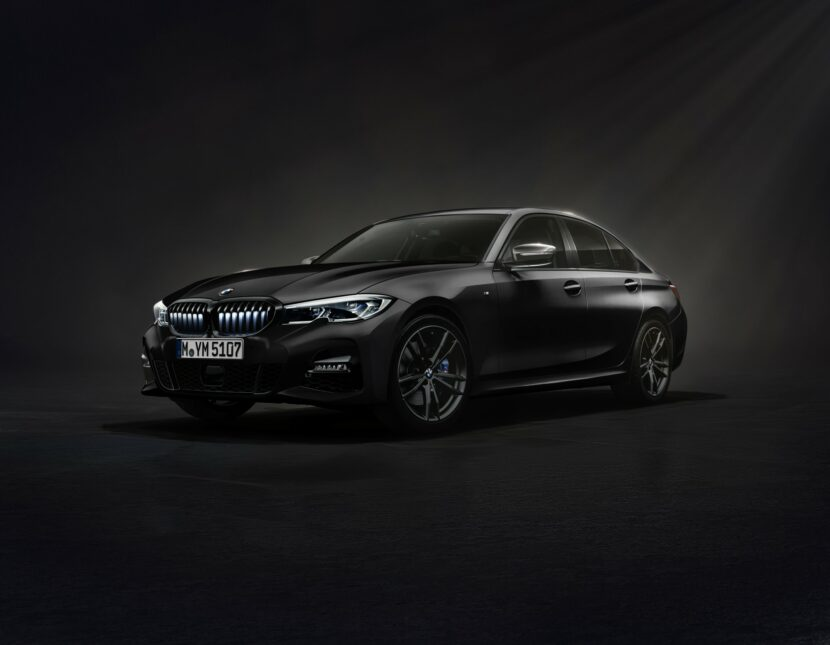The New BMW 330i Iconic Edition in Sapphire Black metallic 1 830x645