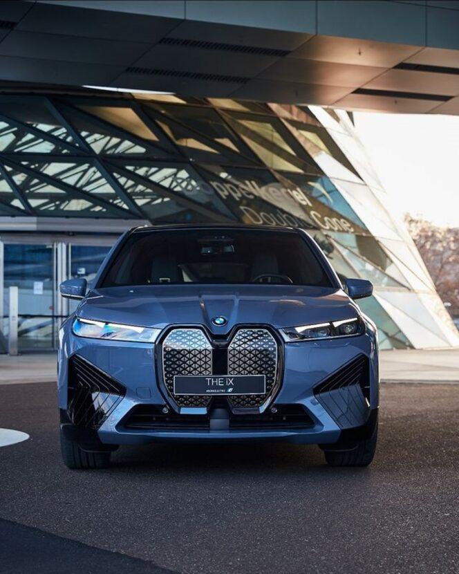 The new BMW iX at BMW Welt 3 664x830