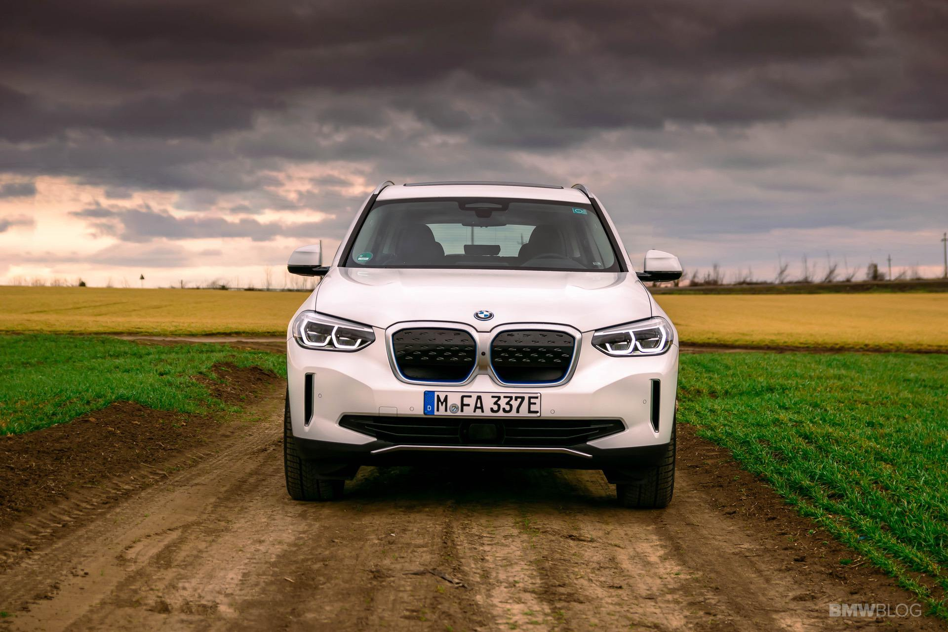2021 bmw ix3 test Drive 46