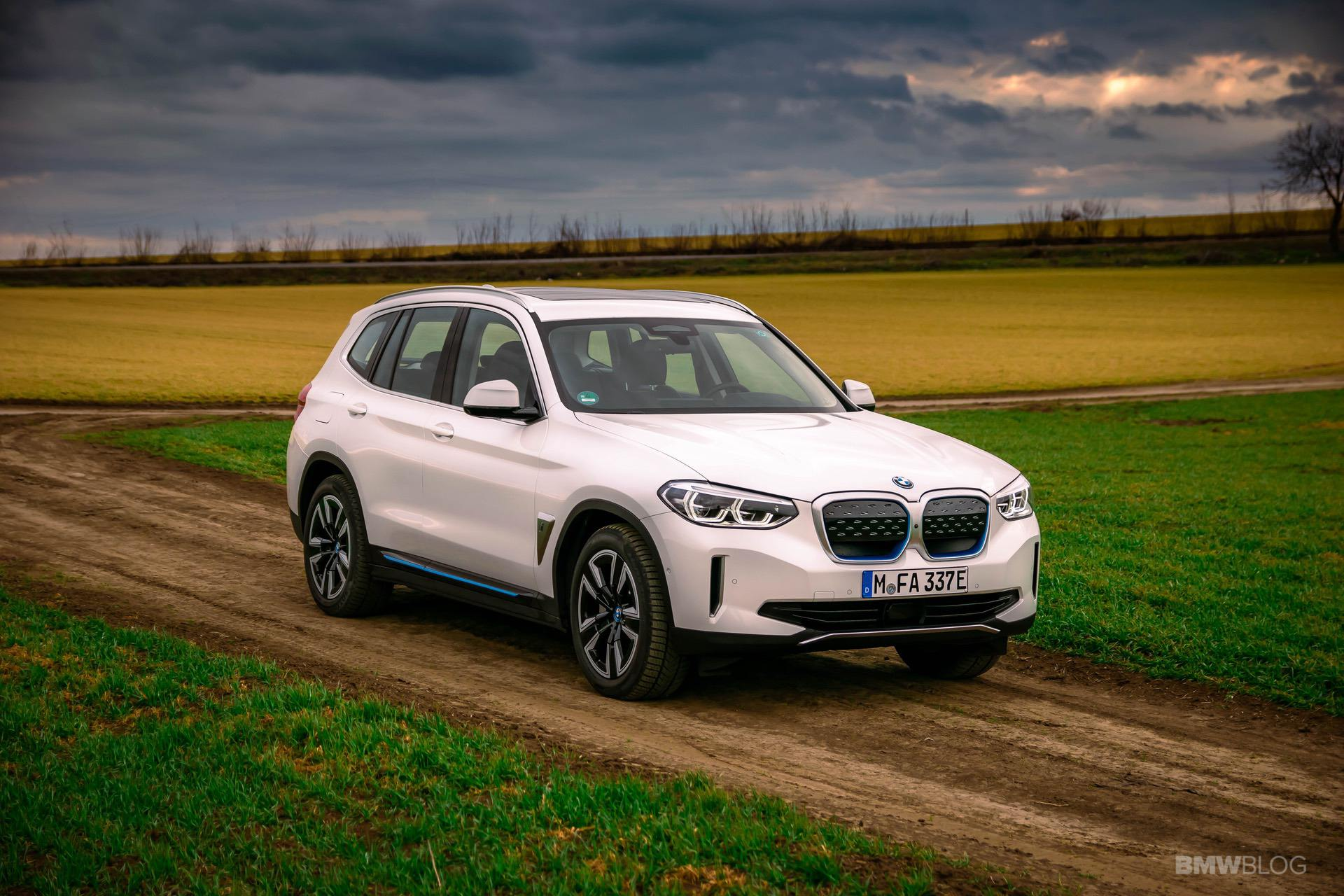 2021 bmw ix3 test Drive 47