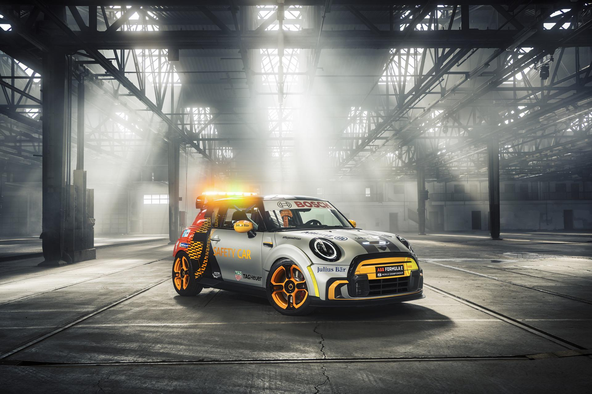 MINI Electric Pacesetter 52