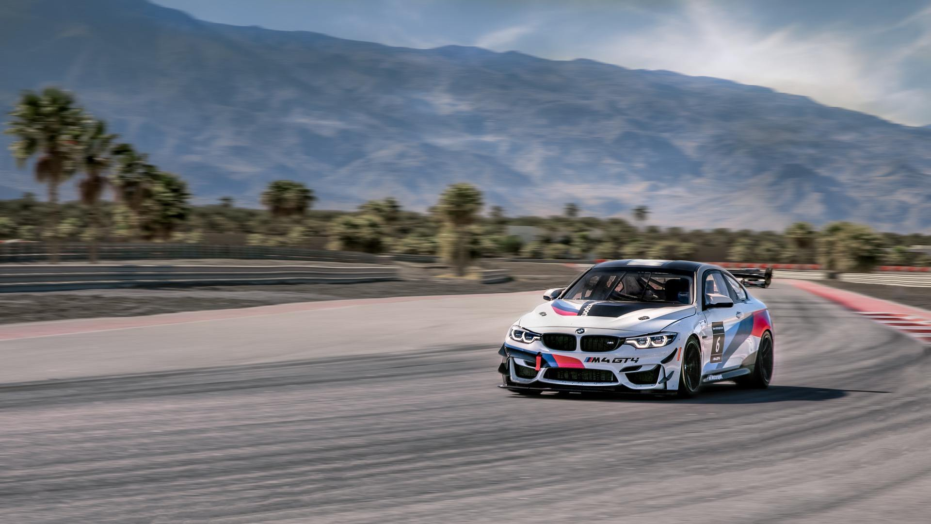 BMW M4 GT4 Onboard Lap of The Thermal Club – VIDEO