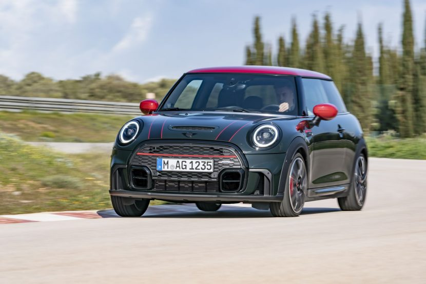 MINI John Cooper Works Facelift 19 830x553