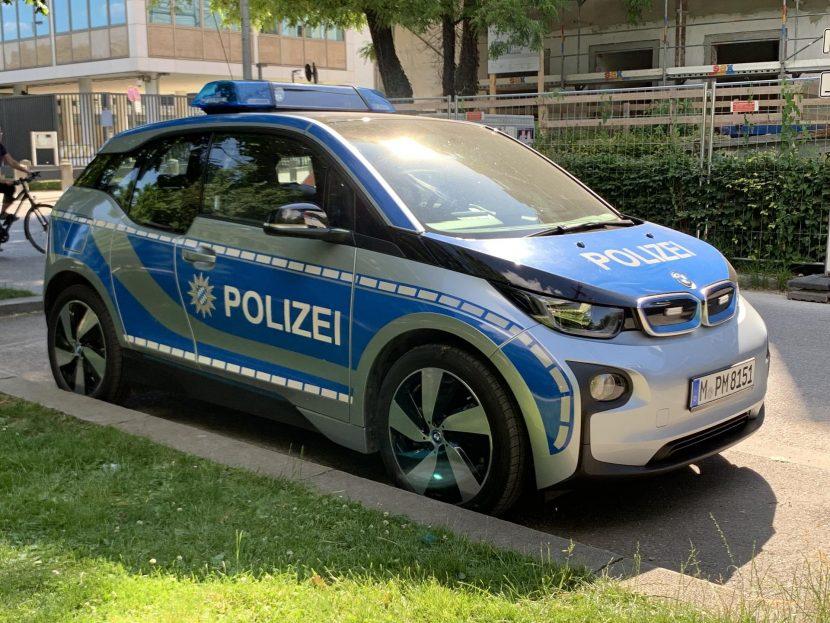 bmw i3 police car 02 830x623