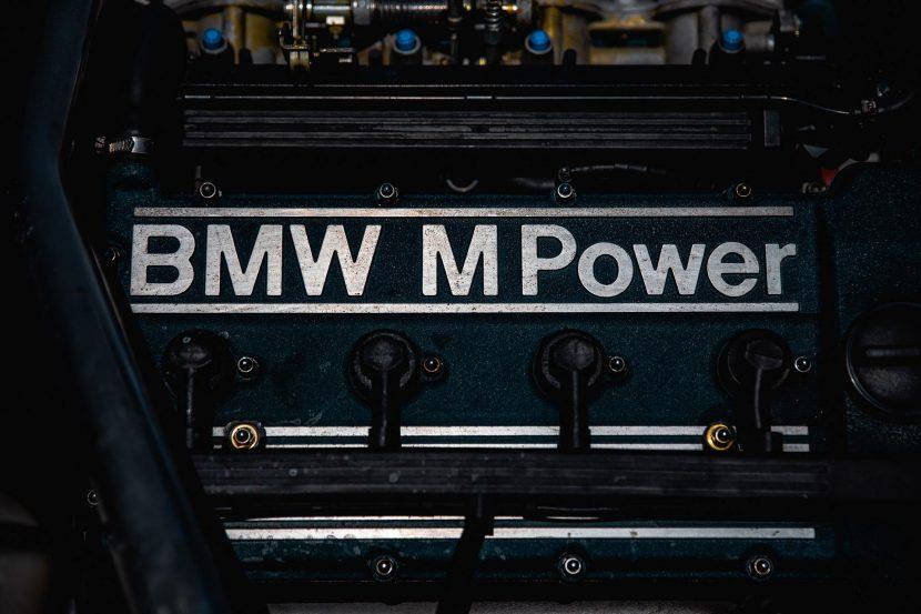 bmw m1 white 06 830x553