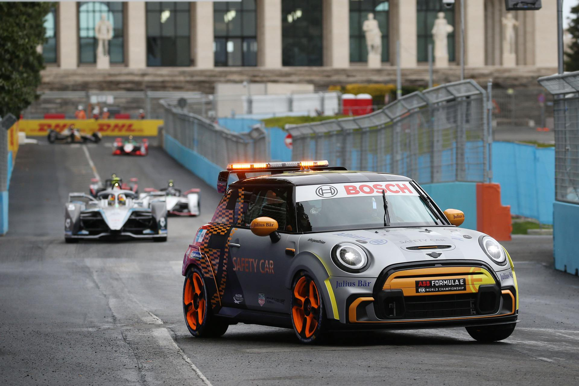 mini pacesetter safety car 12