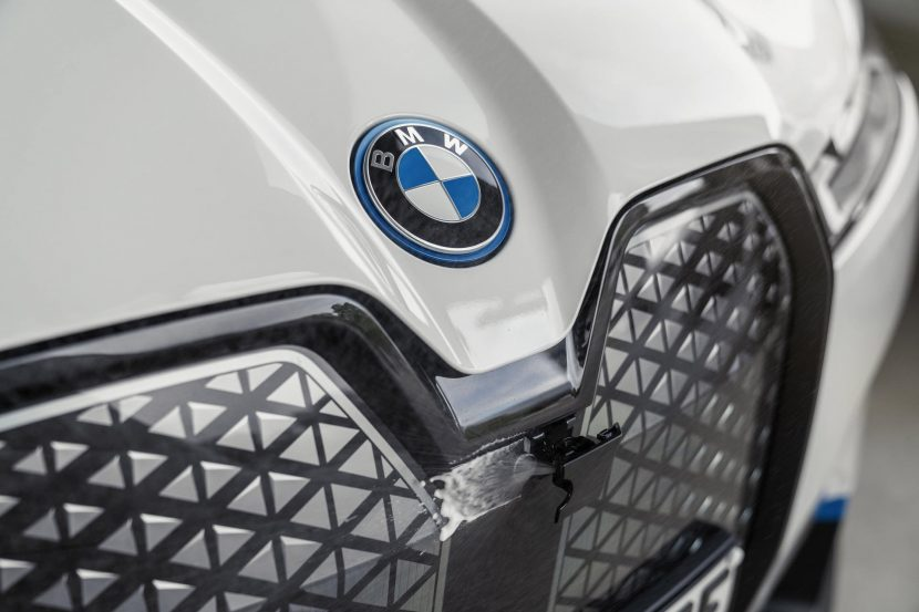 BMW iX Driver assistance systems 10