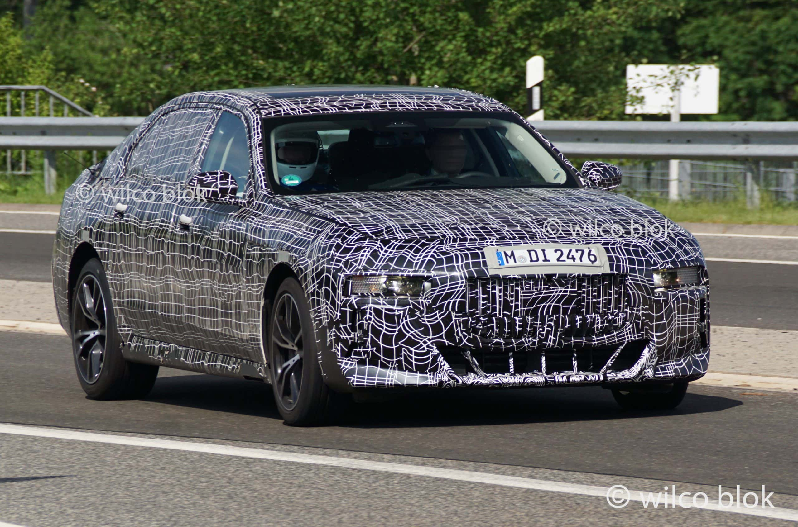 2023 bmw 7 series image 2 scaled
