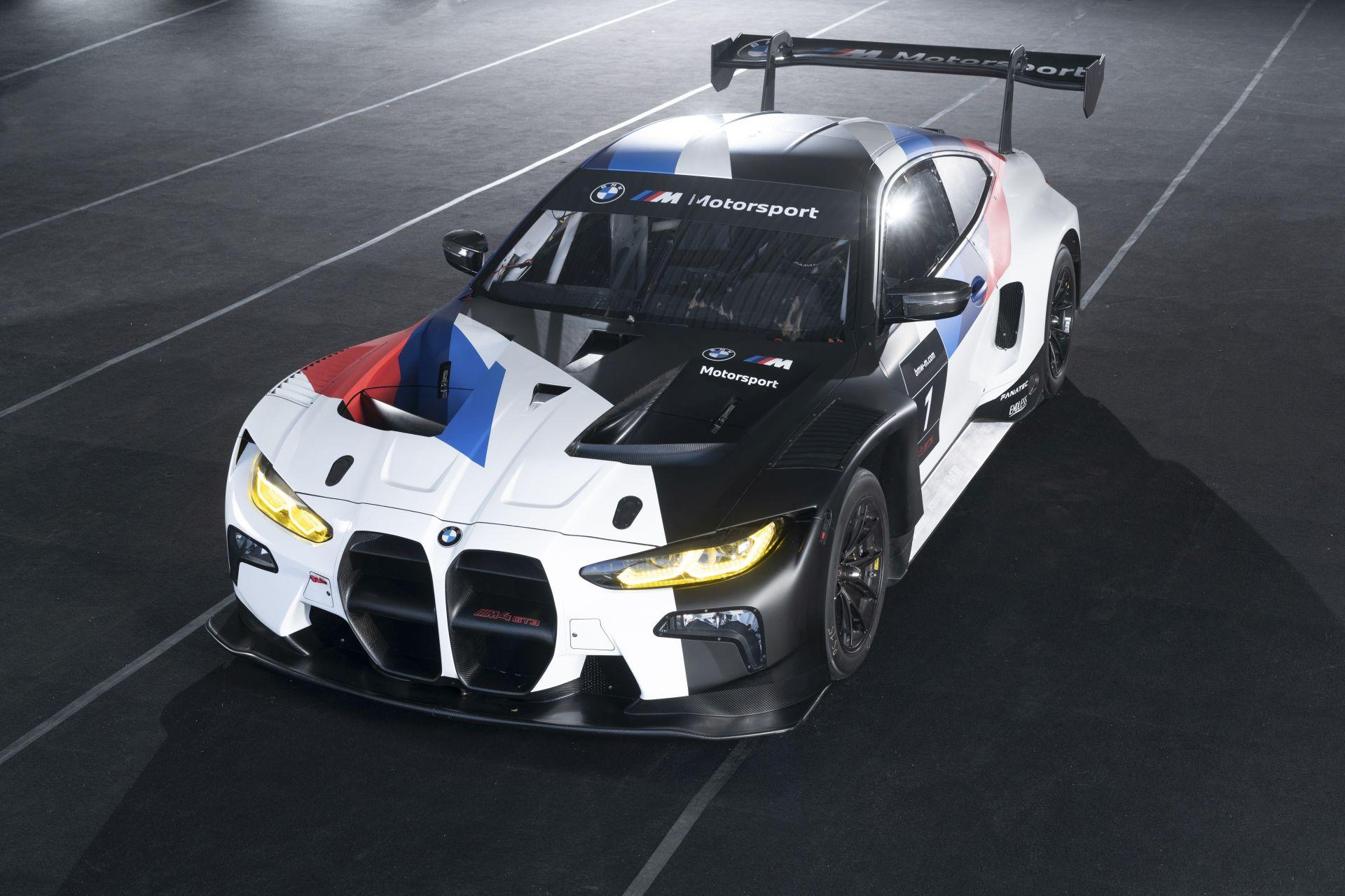 BMW M4 GT3 43