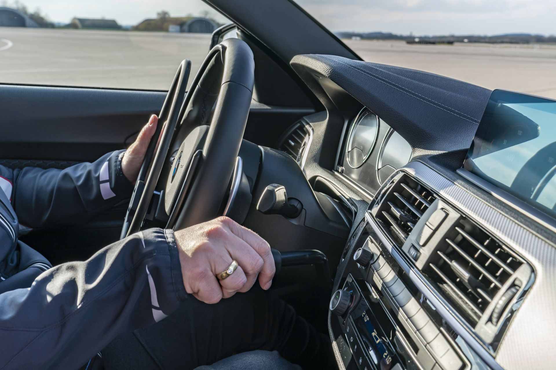 BMW and MINI Driving Experience for people with disabilities 147