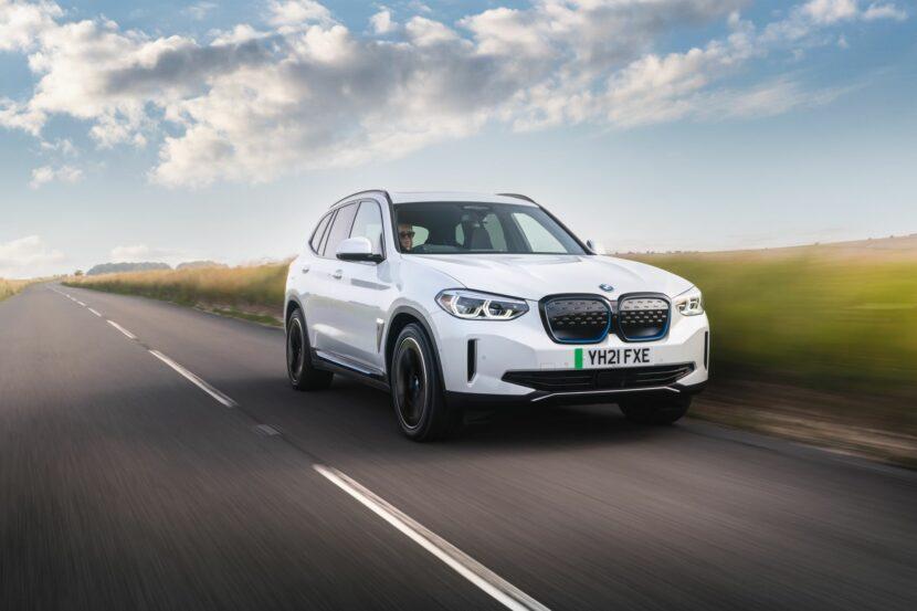 BMW iX3 UK 101 830x553