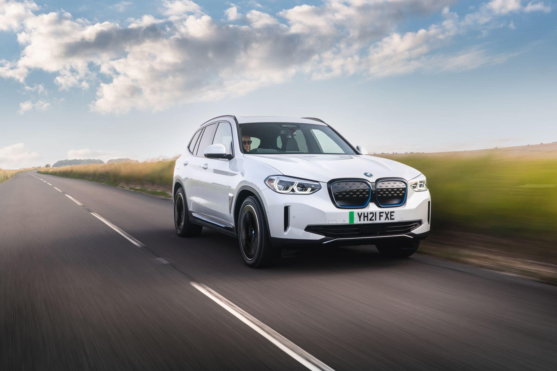 BMW iX3 UK 101