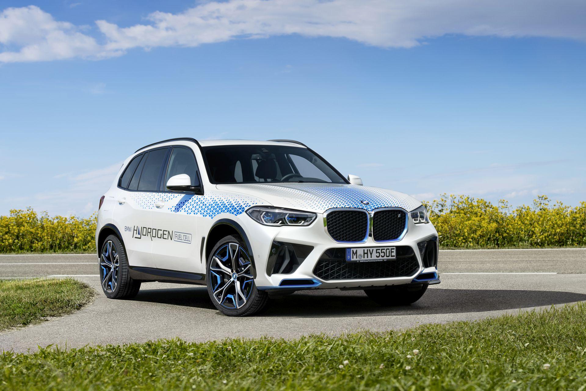 BMW iX5 Hydrogen 93