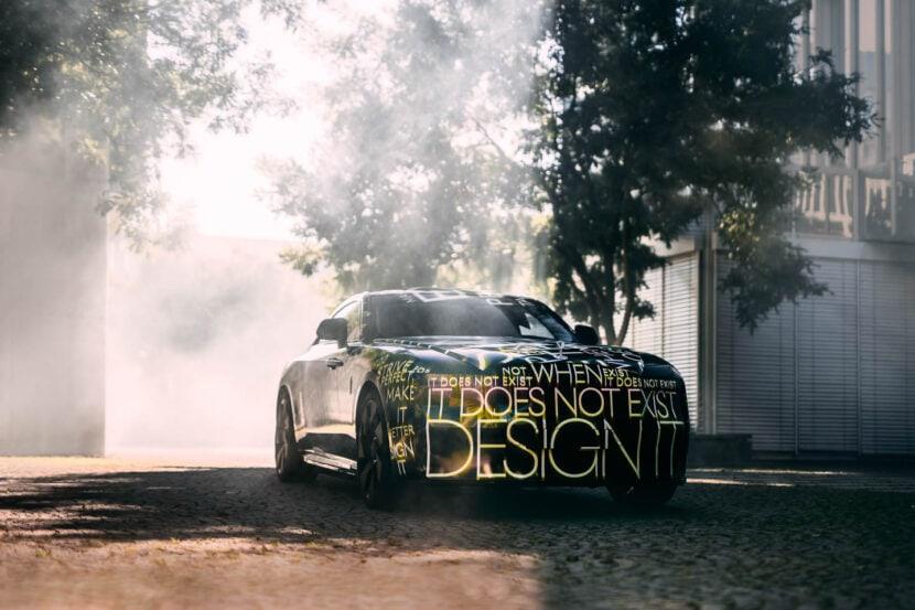 Rolls Royce Spectre 1 of 4 830x553