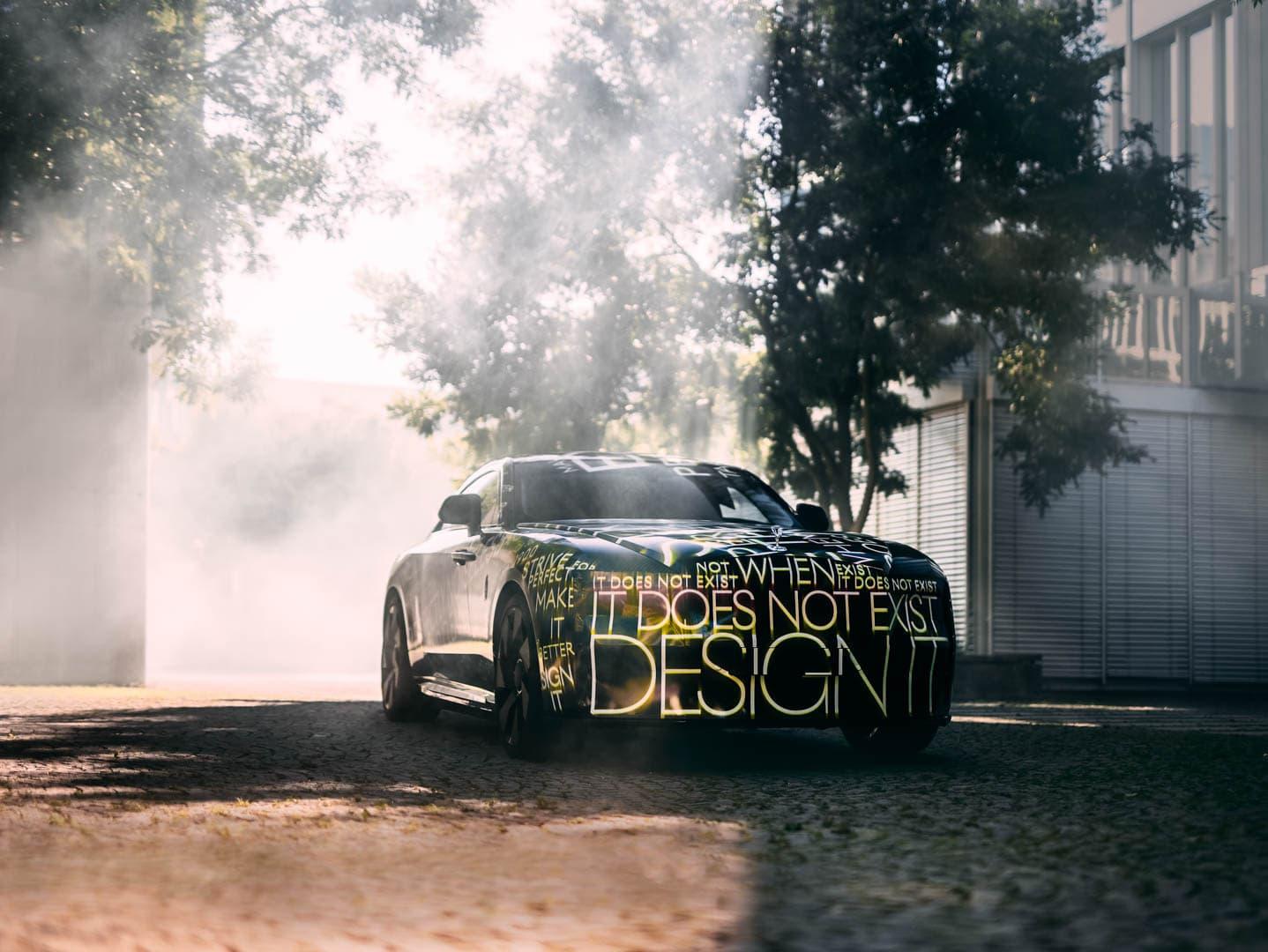 Rolls Royce Spectre 1 of 4
