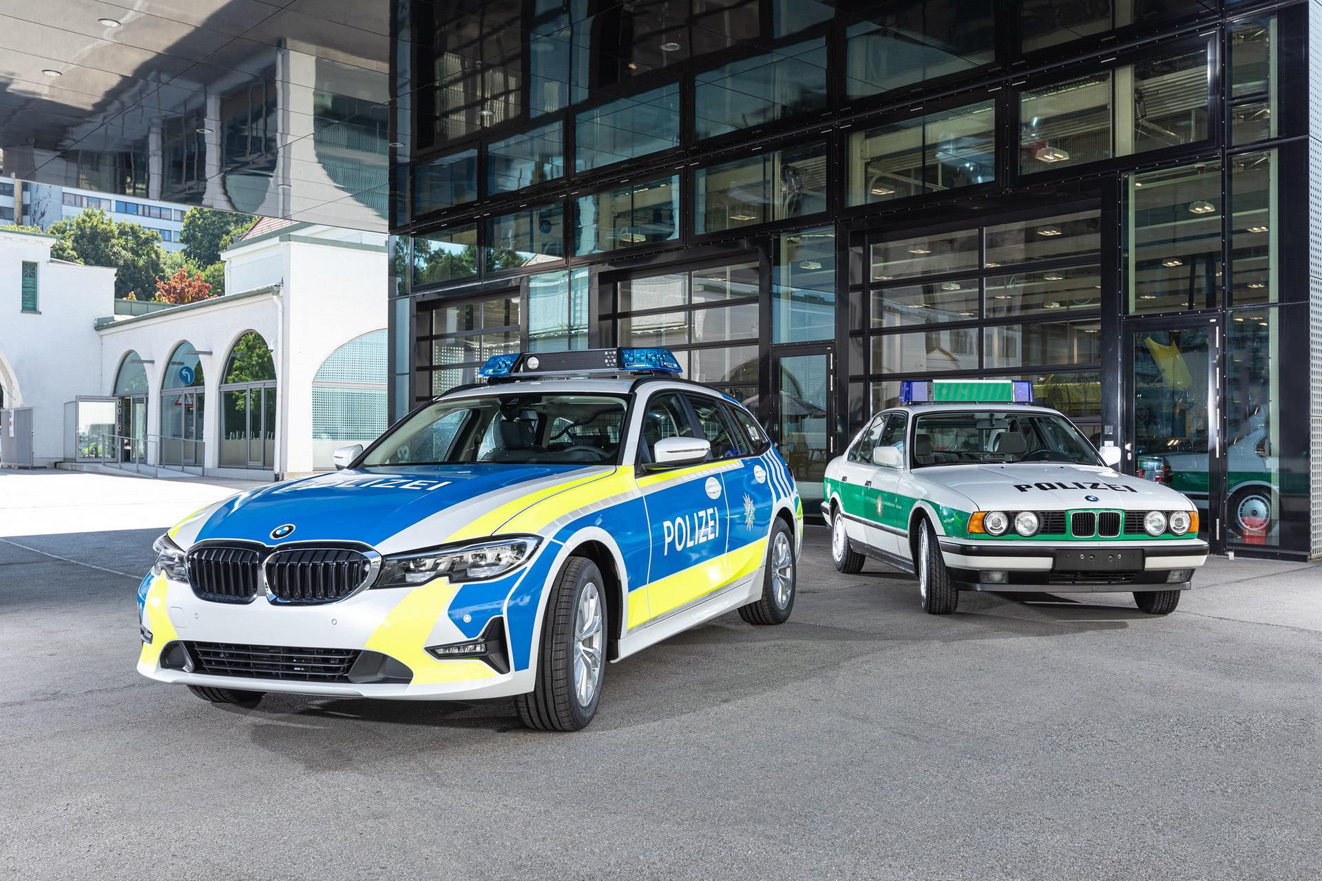 Bavarian BMW 3 Series Police Cars Get New Color Scheme