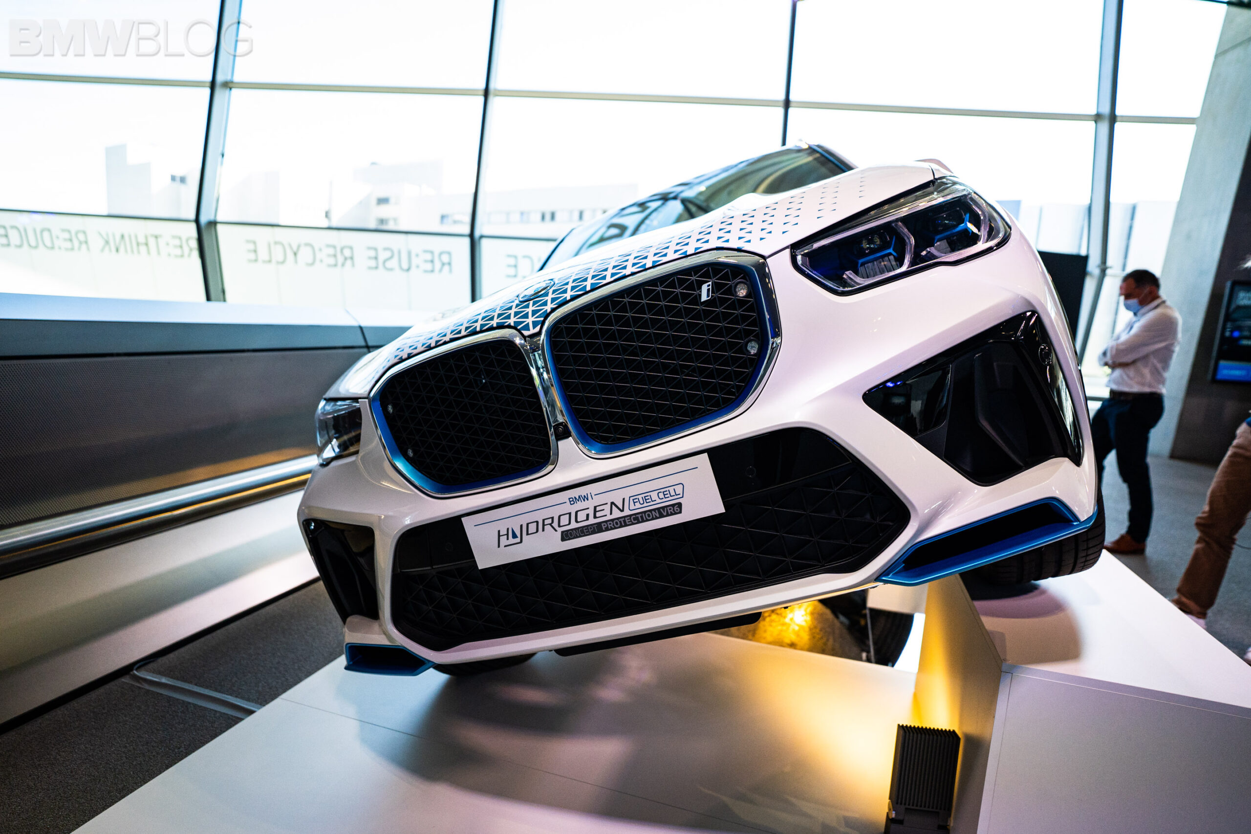 bmw x5 hydrogen vehicle protection vr6 2 scaled
