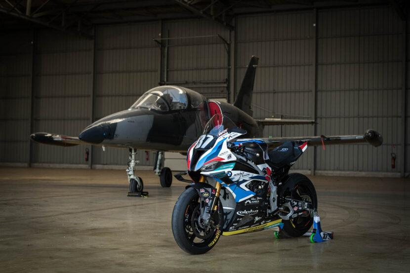 BMW Motorrad M 1000 RR 1 of 29 830x553
