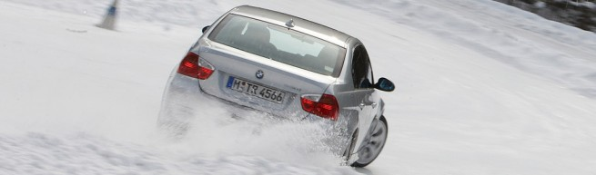 330i drift through snow 655x193