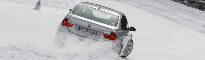 330i drift through snow1 655x193