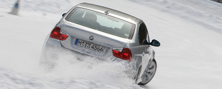 330i drift through snow1 750x303