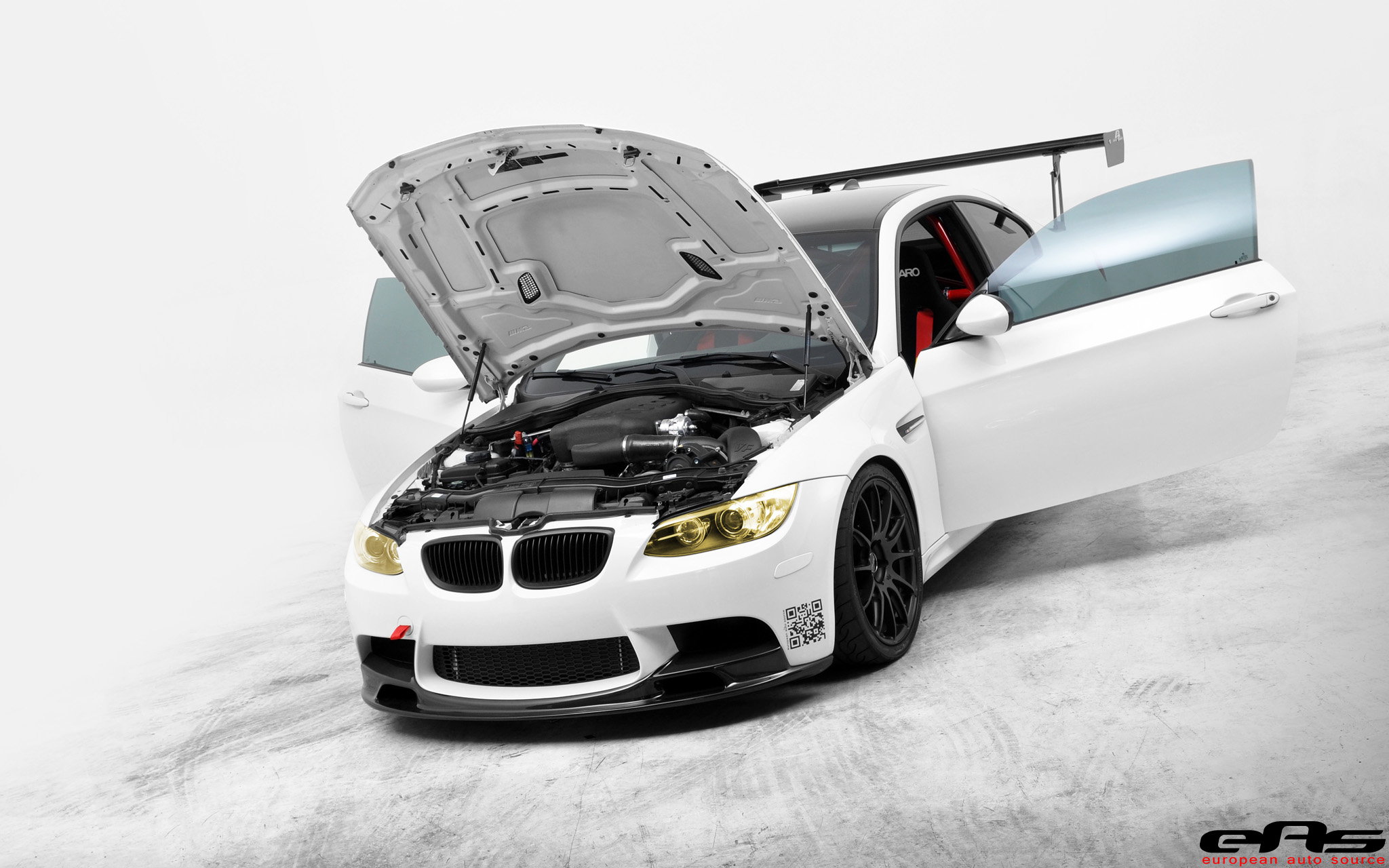 Bmwblog Gets A Ride In The Alpine White Eas Vf620 E92 M3