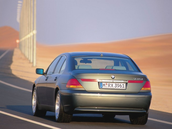 7-series-rear