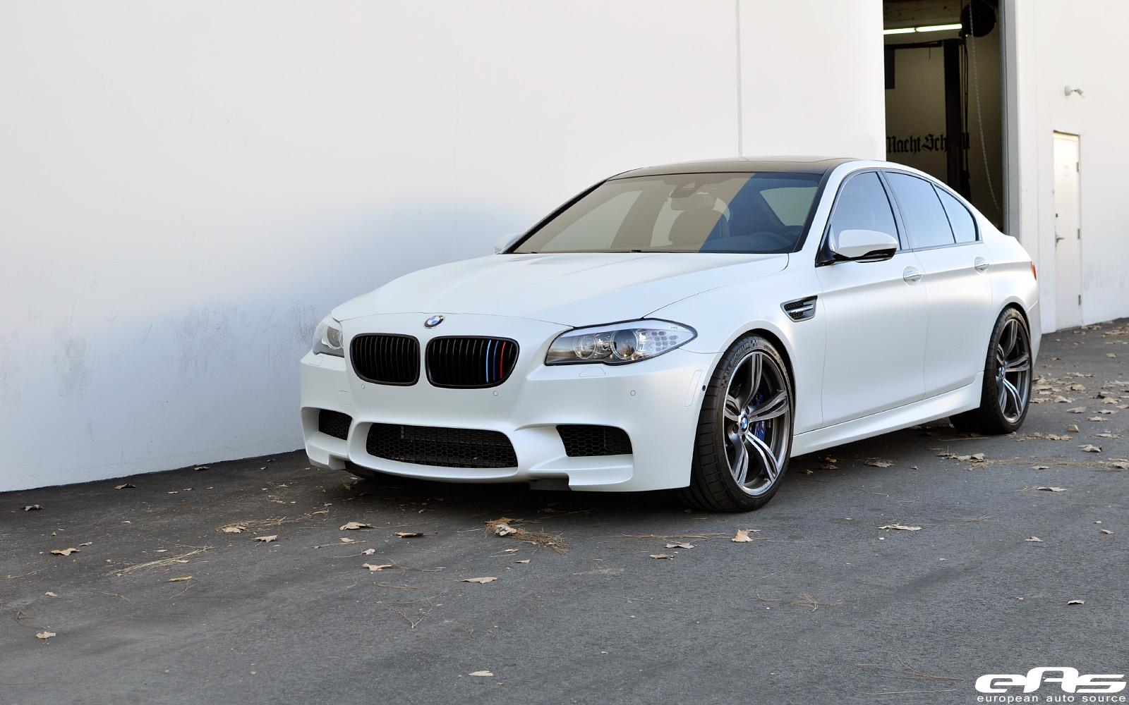 8370971099 fca05416f9 Frozen White BMW F10 M5 Akrapovic Evolution Exhaust 278